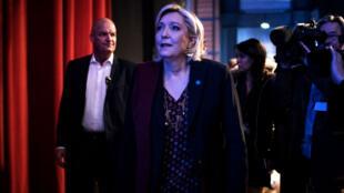 La présidente du Front national, Marine Le Pen, en meeting à Lyon, le 4 février 2017.