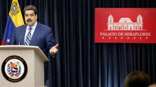 El presidente de Venezuela, Nicolás Maduro, habla durante una conferencia de prensa en el palacio de Miraflores en Caracas, Venezuela, 12 de diciembre de 2018.