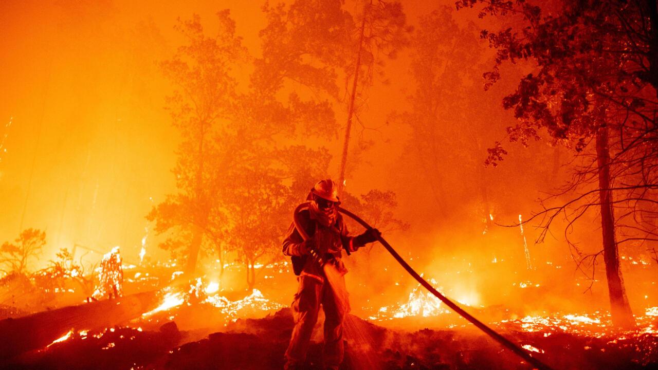 الحرائق أتت على مئات المنازل في ولاية أوريغون