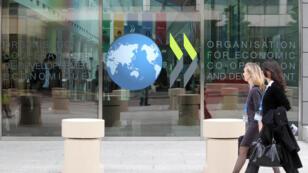 L'OCDE pointe les limites de la lutte française contre la corruption.
