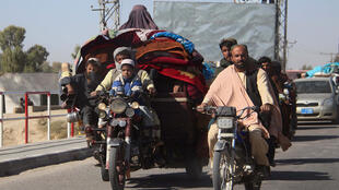 نازحون داخل ولاية هملند الأفغانية في 12 تشرين الأول/أكتوبر 2020