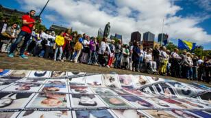 Manifestation le 11 juillet à La Haye, aux Pays-Bas, en hommage aux victimes du massacre de Srebrenica.