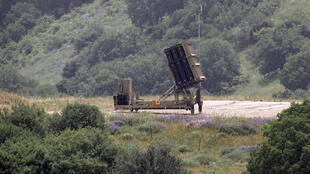 """Le système de défense anti-aérien israélien """"Dôme de fer"""", déployé dans le Golan près de la frontière syrienne."""