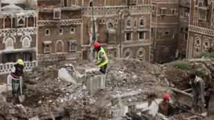 دمار في صنعاء القديمة بسبب الأمطار