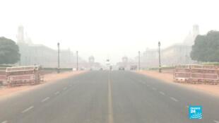 La circulation alternée est entrée en vigueur lundi à New Delhi, en Inde, jusqu'au 15 novembre.