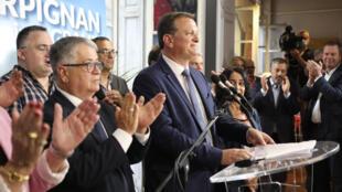 مرشح اليمين المتطرف لوي أليو بعد فوزه ببلدية بربينيون، في 28 يونيو/حزيران 2020.
