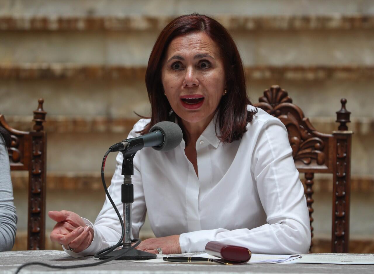 La canciller interina de Bolivia, Karen Longaric, durante el pronunciamiento que ofreció desde La Paz, Bolivia, el 15 de noviembre de 2019.