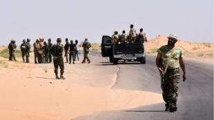 L'armée syrienne a fait la jonction avec ses forces qui défendaient depuis trois ans l'aéroport militaire de Deir Ezzor samedi 9 septembre.