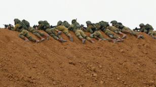 جنود إسرائيليون على الحدود مع غزة، 30 مارس/آذار 2018