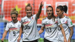 Les Allemandes célèbrent leur but face à la Chine, le 8 juin 2019.