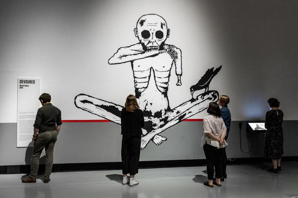 """""""Devoured"""" (Dévoré), œuvre de Murad Subay exposée à l'Imperial Museum of War, à Londres, en mai 2019."""