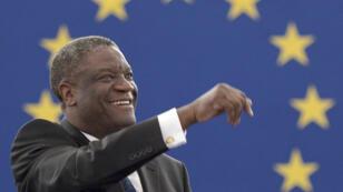 Le gynécologue Denis Mukwege lors de la remise du prix Sakharov, le 26 novembre 2014, à Strasbourg.