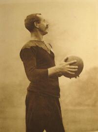 Le premier grand capitaine des All Blacks Dave Gallaher en 1905