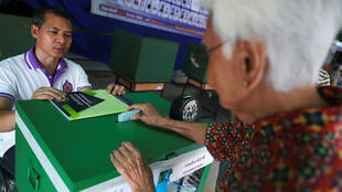 Dans un bureau de vote de Bangkok, le 24mars2019.