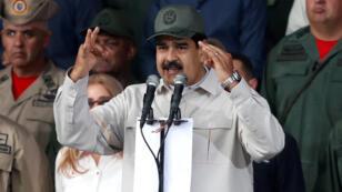 Archivo: El presidente de Venezuela , Nicolás Maduro, habla durante una ceremonia para conmemorar el 17 aniversario del regreso al poder del fallecido presidente de Venezuela Hugo Chávez.