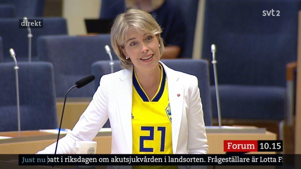 صورة لوزيرة الرياضة السويدية
