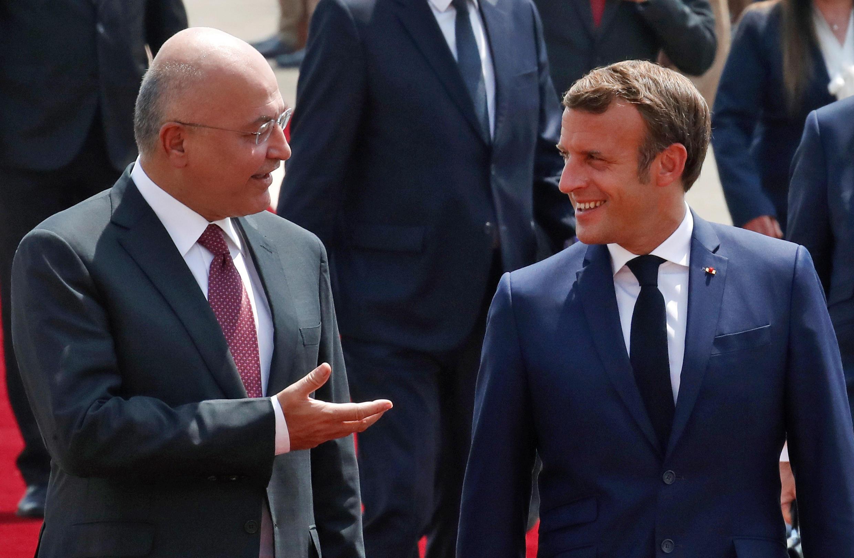 Le président irakien Barham Saleh accueille son homologue Français Emmanuel Macron, le 2 septembre 2020, à Bagdad.