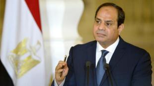 Le mandat présidentiel est actuellement limité à huit ans (deux fois quatre ans) en Égypte.