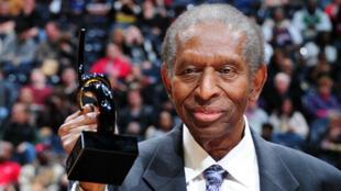 Earl Lloyd avait été honoré en février 2012 à Atlanta.