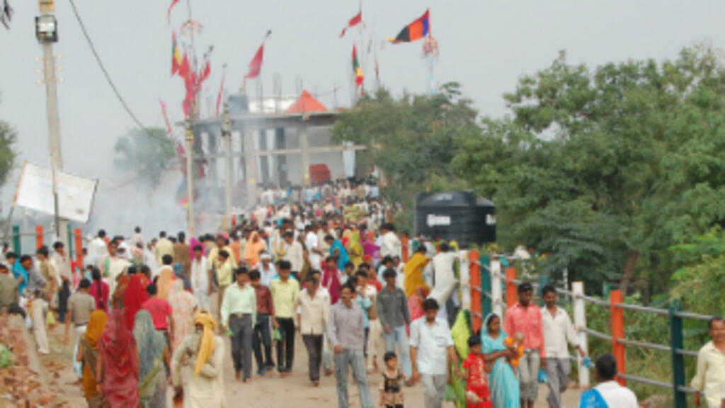 Scores Killed In India Temple Stampede