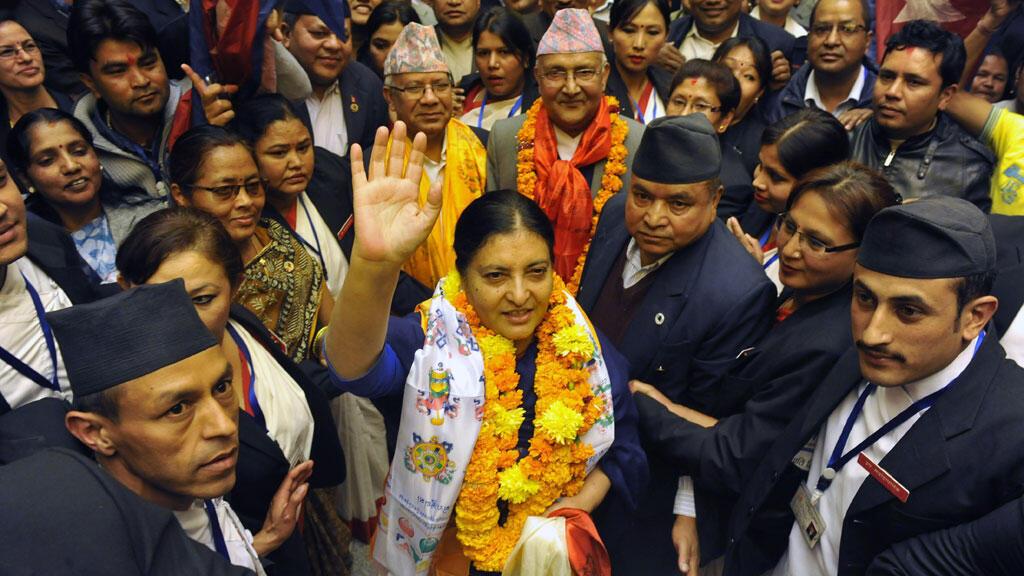 Bidhya Bhandari a battu son concurrent Kul Bahadur Gurung par 327 voix contre 214.