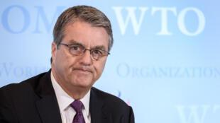 La succession du patron de l'OMC, Roberto Azevedo, tourne au casse-tête.