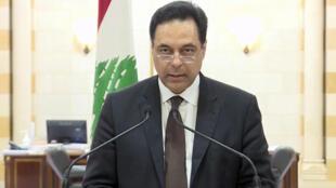 رئيس الوزراء اللبناني المستقيل حسان دياب أثناء خطابه لإعلان استقالة حكومته، 10 أغسطس/ آب 2020