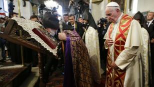 Le chef de l'Eglise apostolique arménienne, le Catholicos KarekineII et le pape François, le 24 juin 2016.