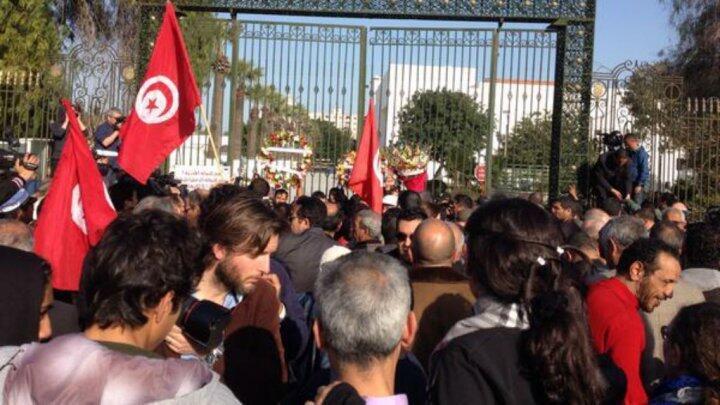 تونسيون يتظاهرون ضد الإرهاب 20 آذار/مارس 2015