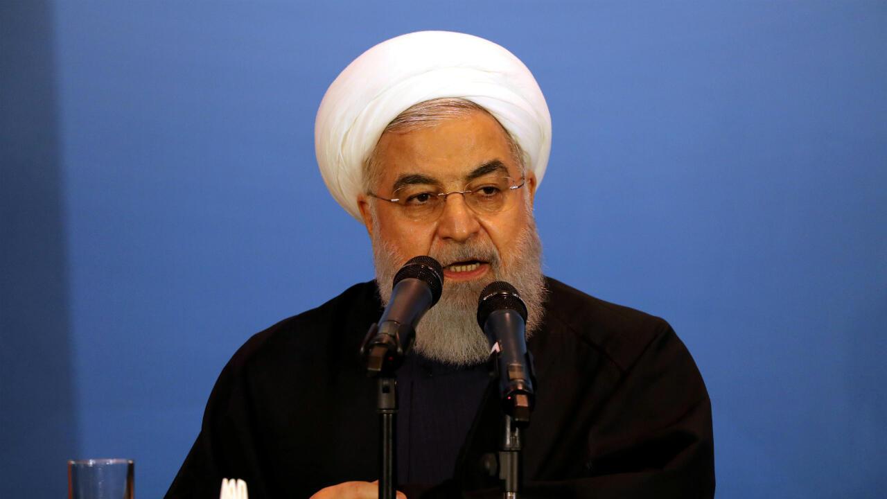 El presidente de Irán, Hassan Rohani, habla en una reunión con líderes regionales en Kerbala, Irak, en marzo de 2019 en una imagen de archivo