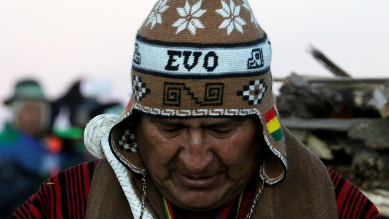 El presidente de Bolivia, Evo Morales, asiste a una ceremonia del solsticio de invierno en la celebración del Año Nuevo Indio Aymara en Tiwanaku, La Paz, Bolivia, el 21 de junio de 2019.