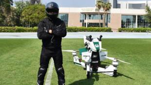 Le Hoversurf Scorpion sera bientôt en action.
