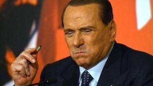 Silvio Berlusconi pourrait perdre mercredi son siège de sénateur