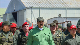 Nicolás Maduro et le ministre de la Défense, Vladimir Padrino, lors d'un exercice miitaire à Maracay, au Venezuela, le 29 janvier 2019.