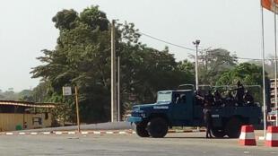 Des gendarmes ivoiriens dans les rues de Bouaké le 6 janvier 2017.
