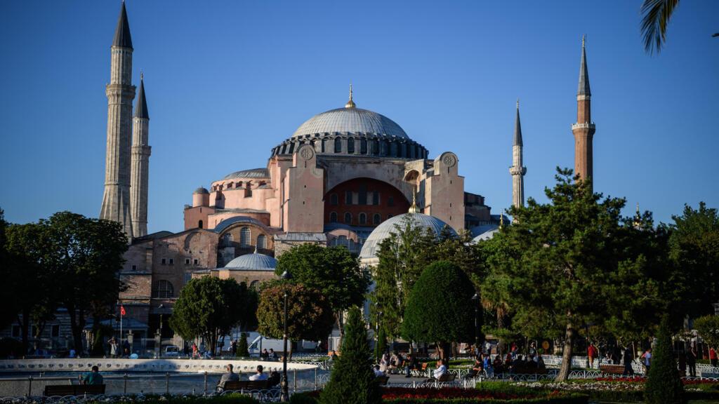 En Turquie, la justice doit trancher sur le retour au statut de mosquée de Sainte-Sophie