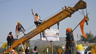 مزارعون يطالبون بإصلاحات للقطاع الزراعي في العاصمة الهندية نيودلهي في 26 كانون الثاني/يناير 2021