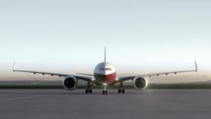 Image de synthèse présentant le futur Boeing 777X, dont le bout des ailes pourra se replier.