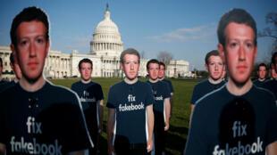 Le PDG de Facebook, Mark Zuckerberg, a vécu une année noire rattrappé par une multitude de scandales