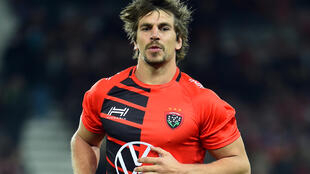 New deal at Toulon for South African lock Eben Etzebeth