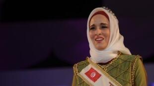 """Fatma Ben Guefrache, sacrée """"Miss monde Muslimah""""."""