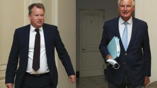 Britain's chief negotiator David Frost (L) and EU's Brexit negotiator Michel Barnier met last week to prepare the round of talks