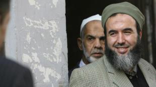 Madani Mezrag, chef de l'Armée islamique du salut (AIS), à Alger, le 29 octobre 2006.