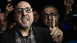 Le journaliste d'investigation Ahmet Sik, à sa sortie de prison, le 10 mars 2018.