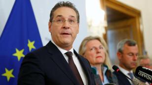 El vicecanciller Heinz-Christian Strache informa su renuncia a su cargo en una conferencia de prensa en Viena, el 18 de mayo de 2019.
