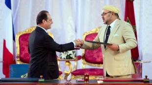 هولاند والملك محمد السادس للرئيس الفرنسي إلى المغرب في سبتمبر/أيلول 2015