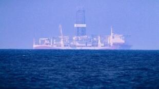 """سفينة التنقيب التركية """"فاتح"""" قبالة السواحل القبرصية في 24 يونيو/حزيران 2019"""