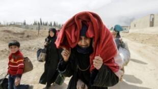 المدنيون في سوريا أرهقتهم الحرب وأنهكهم الحصار.