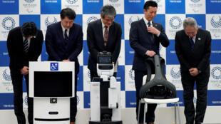 En una rueda de prensa fueron presentados los androides de Toyota Motor y Panasonic en Tokio, la capital japonesa. 15 de marzo de 2019.