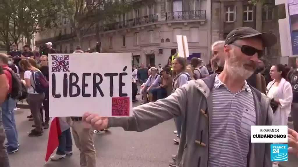 2021-07-31 22:01 En más de 150 ciudades de Francia se llevaron a cabo manifestaciones por tercer sábado consecutivo